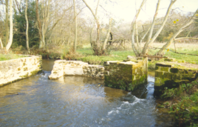 Watermeadow sluice at Lakehouse – restored by RWT